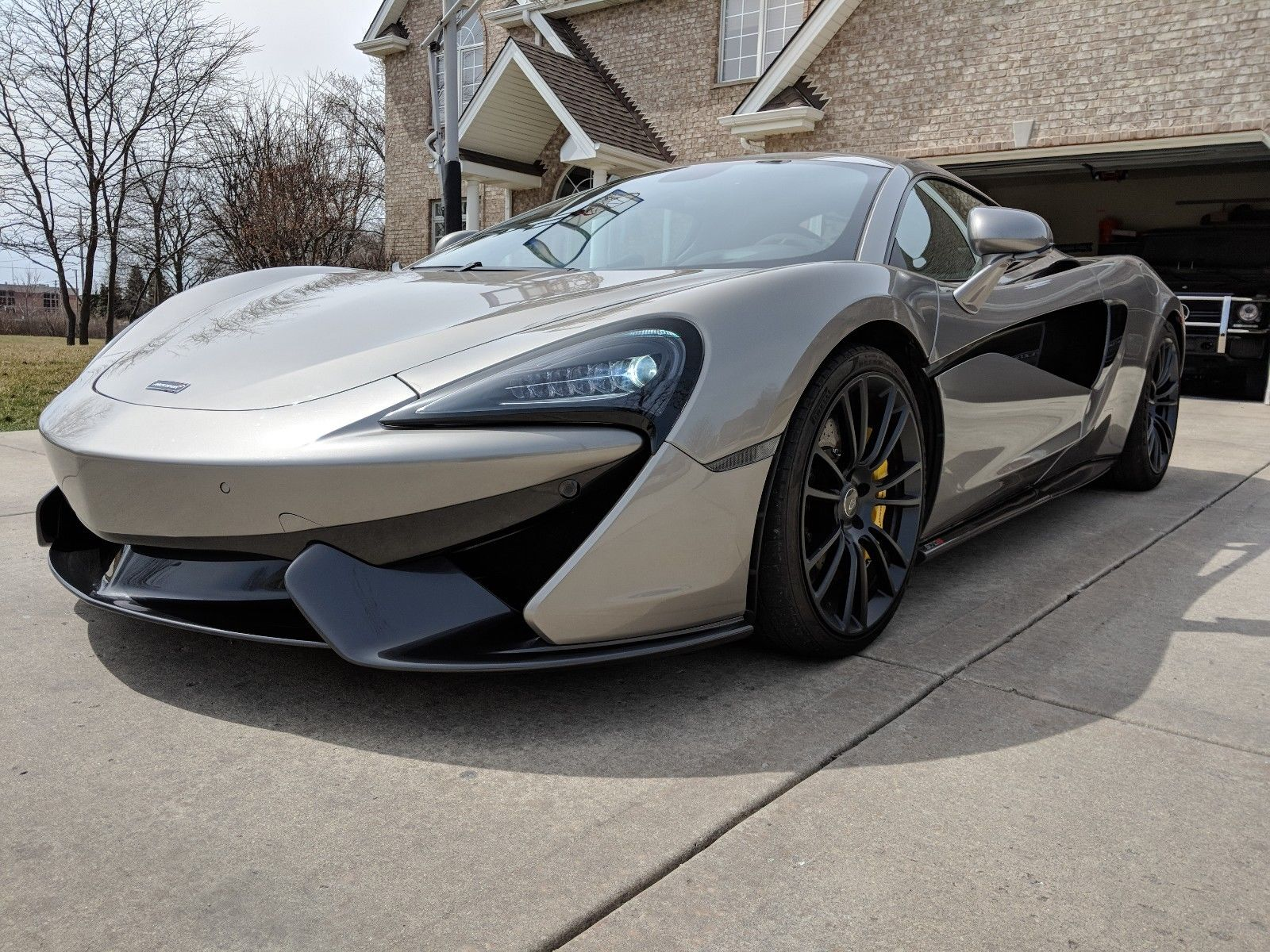 2016 McLaren 570 s | Buying Salvage Cars From Insurance Companies